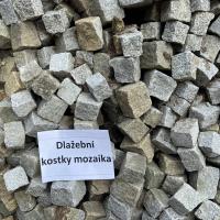 dlazebni-kostky-mozaika